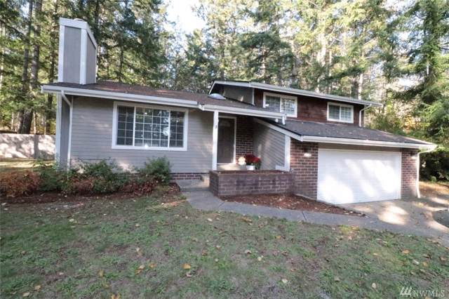 130 NE Rainbow Place N, Belfair, WA 98528 (#1535725) :: Mosaic Home Group