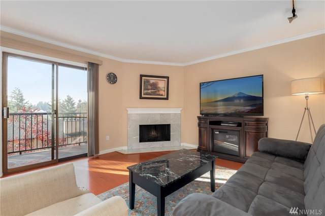 12525 NE 145th Place F106, Kirkland, WA 98034 (#1538160) :: Better Homes and Gardens Real Estate McKenzie Group