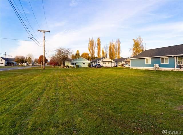 208 Front St, Sumas, WA 98295 (#1539500) :: Record Real Estate