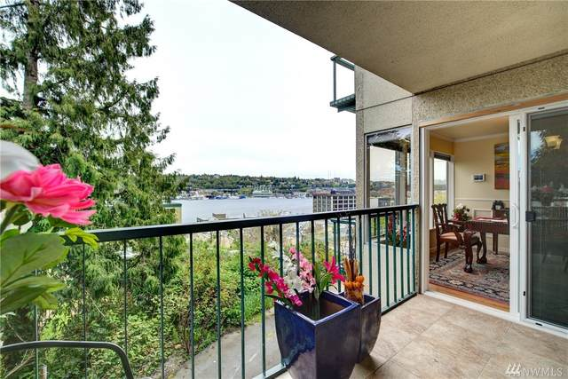 1758 Dexter Ave N #3, Seattle, WA 98109 (#1539677) :: Ben Kinney Real Estate Team