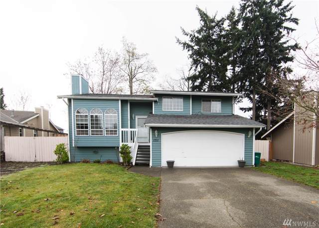 1711 SW 347TH Place, Federal Way, WA 98023 (#1541186) :: Keller Williams Realty