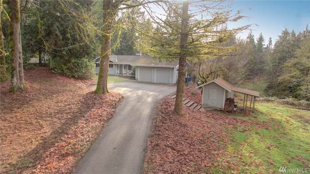 23515 SE 137th St, Issaquah, WA 98027 (#1544121) :: McAuley Homes