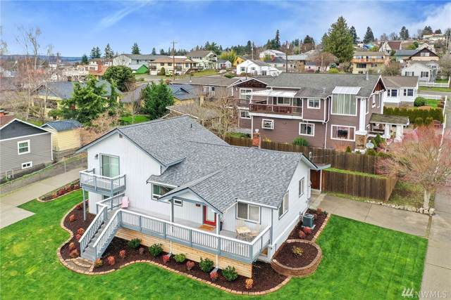 2414 E 9th St, Bremerton, WA 98310 (#1552108) :: Real Estate Solutions Group