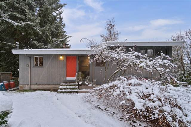 1718 NE 124th St, Seattle, WA 98125 (#1555011) :: Crutcher Dennis - My Puget Sound Homes