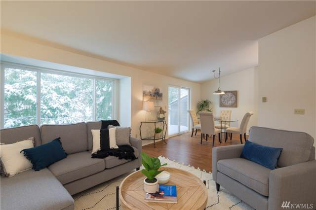 204 Mt. Park Blvd SW C302, Issaquah, WA 98027 (#1555414) :: Icon Real Estate Group