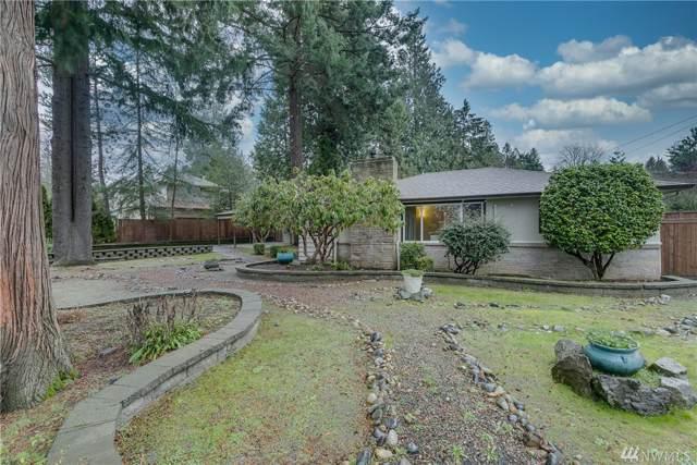 11204 108th Ave NE, Kirkland, WA 98033 (#1556183) :: Ben Kinney Real Estate Team