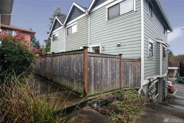 9243 35th Ave SW B, Seattle, WA 98126 (#1564399) :: Keller Williams Western Realty