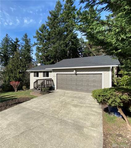 4032 SW 333rd St, Federal Way, WA 98023 (#1567894) :: Costello Team