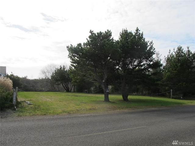 702 357th St, Ocean Park, WA 98640 (#1568563) :: The Kendra Todd Group at Keller Williams