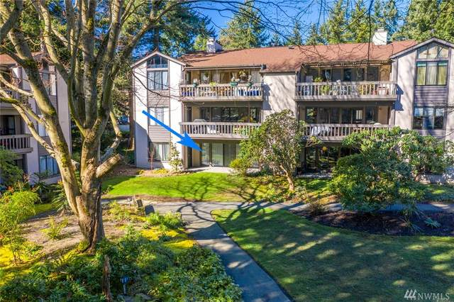 1512 NE 140th St C2, Seattle, WA 98125 (#1571016) :: The Kendra Todd Group at Keller Williams