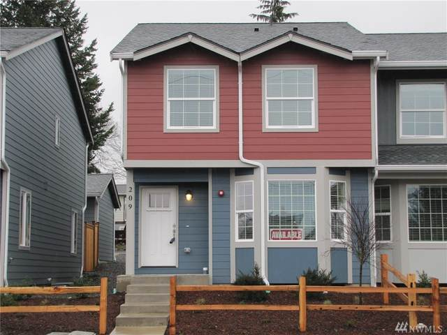 209 Norpoint Wy NE, Tacoma, WA 98422 (#1574032) :: The Kendra Todd Group at Keller Williams