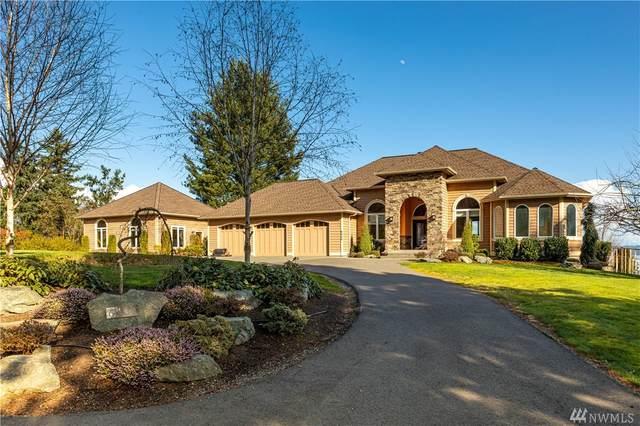 6439 Plum Tree Lane, Clinton, WA 98236 (#1574350) :: Ben Kinney Real Estate Team