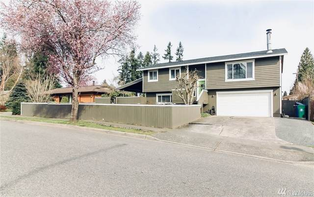 4016 NE 10th St, Renton, WA 98056 (#1580419) :: The Kendra Todd Group at Keller Williams