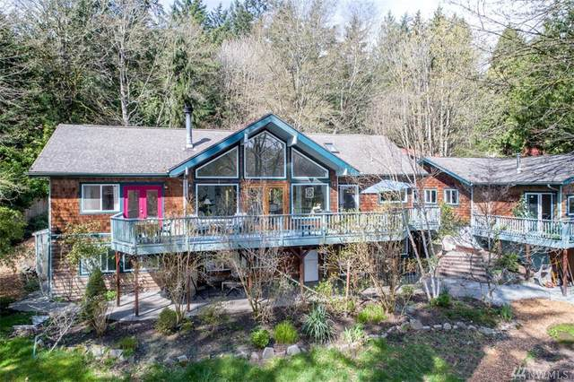 7301 NE Pearl Ct, Bainbridge Island, WA 98110 (#1581752) :: The Original Penny Team