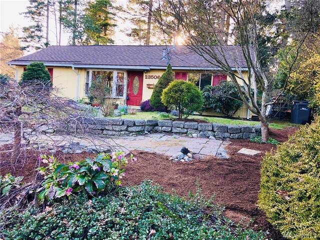 23506 W 52nd Ave W, Mountlake Terrace, WA 98043 (#1582147) :: Better Homes and Gardens Real Estate McKenzie Group