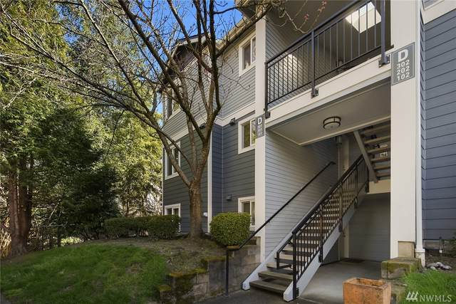 250 NW Dogwood St D202, Issaquah, WA 98027 (#1582871) :: Real Estate Solutions Group