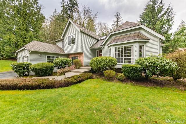 945 NW Firwood Blvd, Issaquah, WA 98027 (#1583208) :: Real Estate Solutions Group