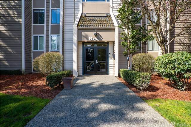 701 SW 5th Ct B301, Renton, WA 98057 (#1584240) :: The Kendra Todd Group at Keller Williams