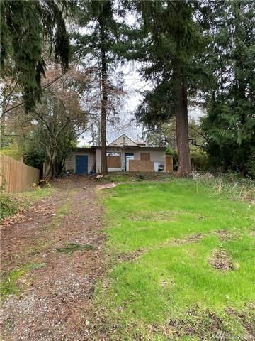 9736 46th Ave NE, Seattle, WA 98115 (#1584596) :: Beach & Blvd Real Estate Group
