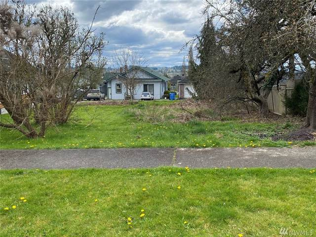 1055 SE Washington, Chehalis, WA 98532 (#1586343) :: Northwest Home Team Realty, LLC