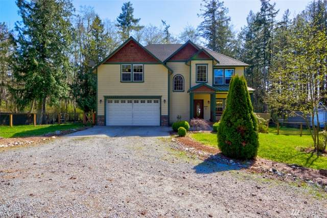 579 W Camano Hill Rd, Camano Island, WA 98282 (#1588222) :: Keller Williams Realty
