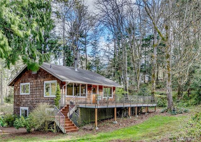 16224 Reitan Road NE, Bainbridge Island, WA 98110 (#1596617) :: Hauer Home Team