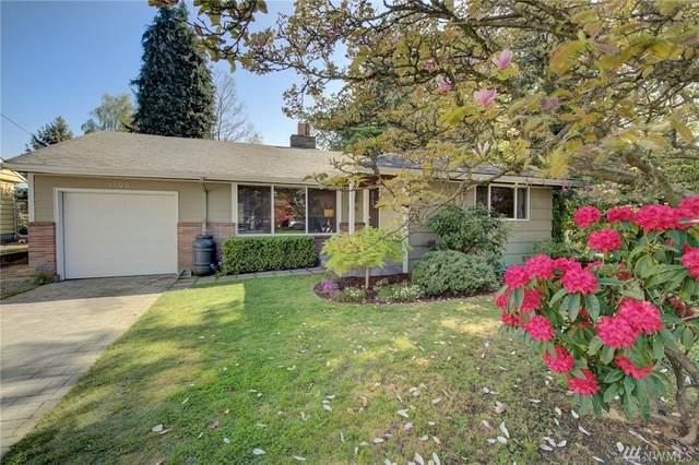 1105 NE 180th St, Shoreline, WA 98155 (#1597129) :: Ben Kinney Real Estate Team