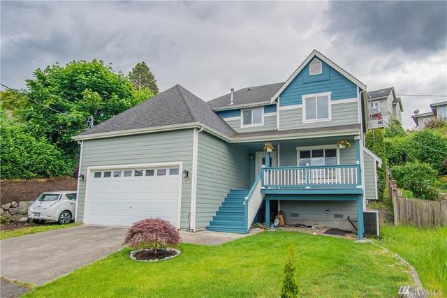 7215 S Rustic Rd, Seattle, WA 98178 (#1604125) :: The Kendra Todd Group at Keller Williams