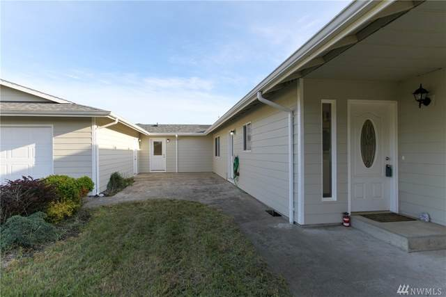 32201 J Place, Ocean Park, WA 98640 (#1605934) :: Hauer Home Team