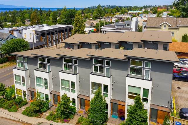 4252 SW Myrtle St, Seattle, WA 98136 (#1607700) :: The Kendra Todd Group at Keller Williams