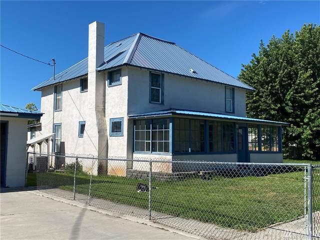 501 Griggs Ave W, Brewster, WA 98812 (#1609205) :: Northern Key Team