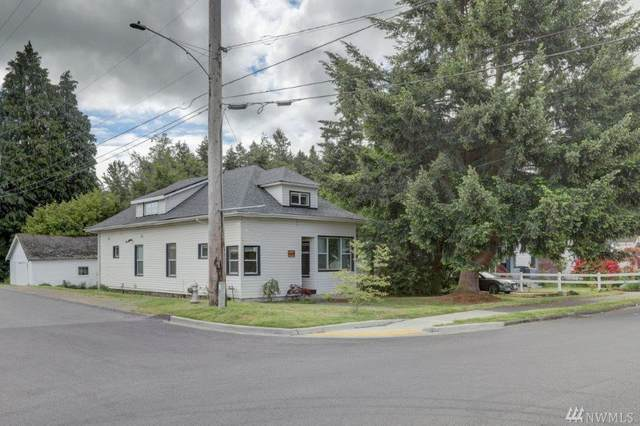 8001 S Park Ave, Tacoma, WA 98408 (#1609842) :: Real Estate Solutions Group