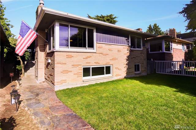 5406 36th Ave SW, Seattle, WA 98126 (#1614773) :: The Kendra Todd Group at Keller Williams