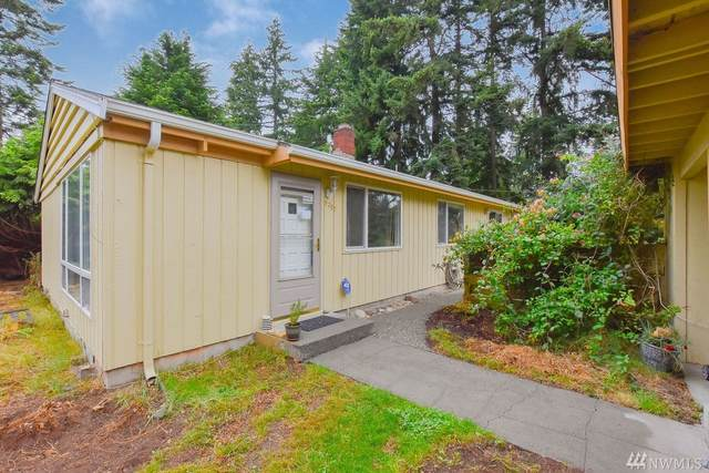 9207 217th St SW, Edmonds, WA 98020 (#1620160) :: Real Estate Solutions Group