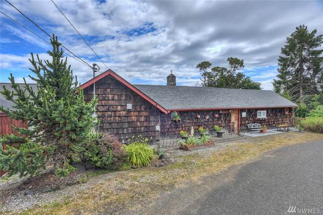 270 N Old Mill Hill Road, Hoodsport, WA 98548 (#1621967) :: NextHome South Sound