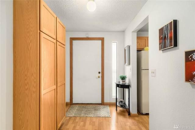 14537 NE 40th St H203, Bellevue, WA 98007 (#1623389) :: Capstone Ventures Inc