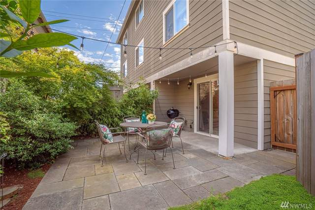 9442 35th Ave SW A, Seattle, WA 98126 (#1625031) :: Mike & Sandi Nelson Real Estate