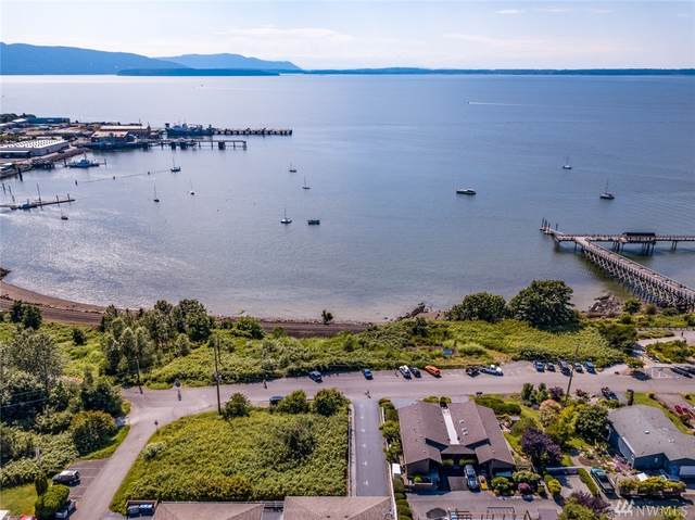 922 10th Street, Bellingham, WA 98226 (#1626380) :: Better Homes and Gardens Real Estate McKenzie Group