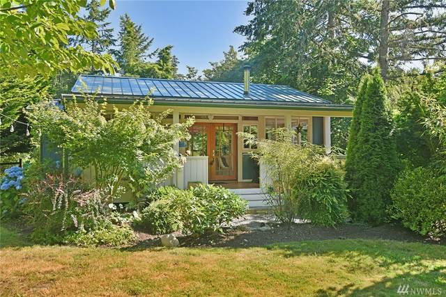 7573 NE Emerald Wy, Bainbridge Island, WA 98110 (#1632042) :: The Original Penny Team