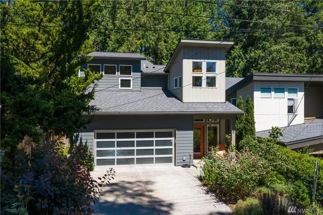 3200 NE 117th Street, Seattle, WA 98125 (#1634185) :: The Original Penny Team