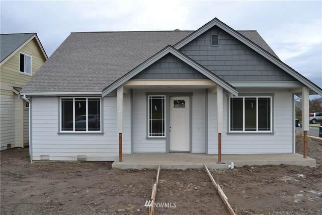 110 Love Drive, Enumclaw, WA 98022 (#1638937) :: Northwest Home Team Realty, LLC