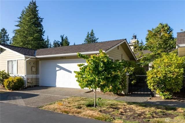 15906 Village Green Dr B, Mill Creek, WA 98012 (#1639035) :: Pickett Street Properties