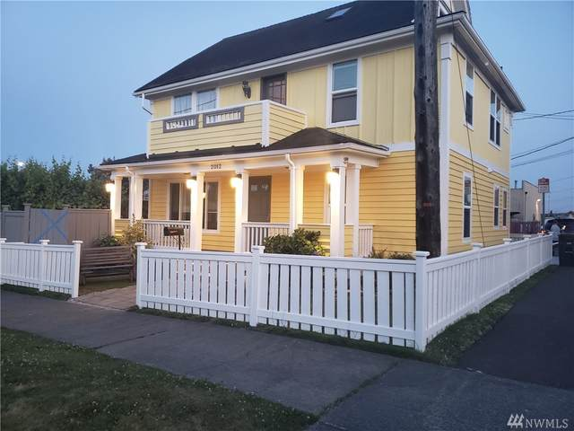 2012 23rd St, Everett, WA 98201 (#1640201) :: The Kendra Todd Group at Keller Williams