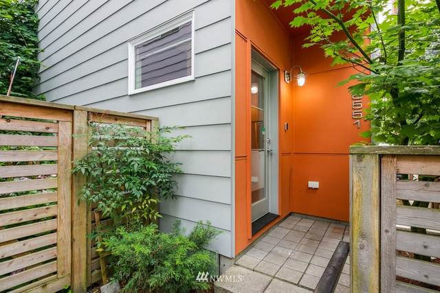 6551 34th Avenue SW, Seattle, WA 98126 (#1641938) :: Urban Seattle Broker