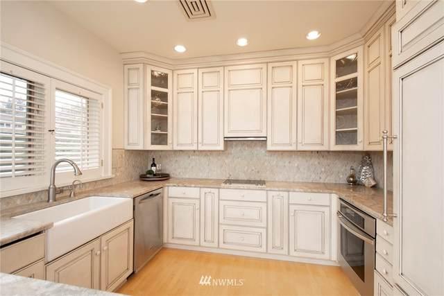 7221 Soundview Drive #201, Gig Harbor, WA 98335 (#1645620) :: Ben Kinney Real Estate Team