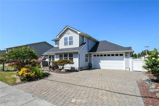 2477 42nd Avenue, Longview, WA 98632 (#1646428) :: Ben Kinney Real Estate Team