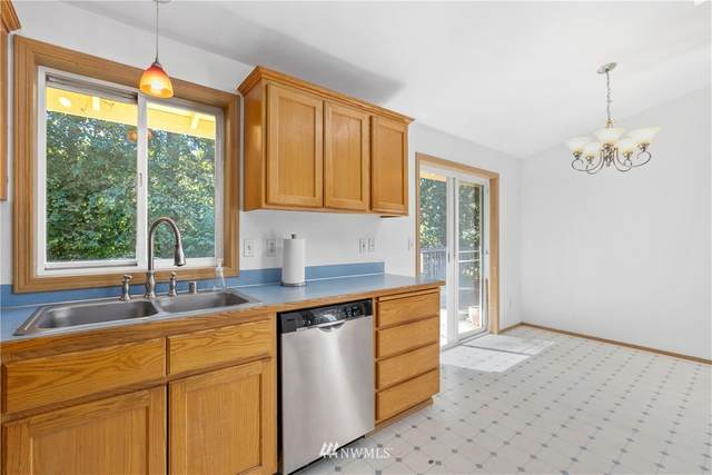 16832 118th Street NE, Arlington, WA 98223 (#1646640) :: Ben Kinney Real Estate Team