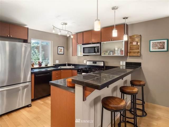 4838 S Chicago Street F, Seattle, WA 98118 (#1648681) :: Ben Kinney Real Estate Team