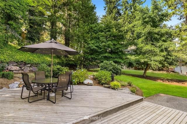 4983 165th Place SE, Bellevue, WA 98006 (#1652627) :: McAuley Homes