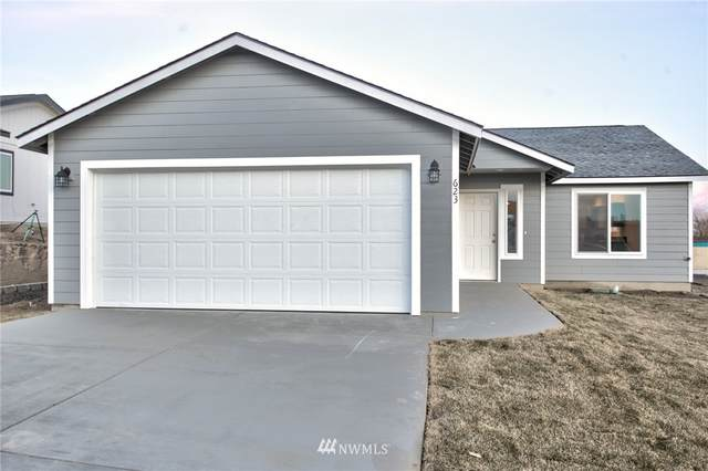 505 E 2nd Street, Warden, WA 98857 (MLS #1653590) :: Brantley Christianson Real Estate